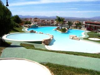 Wonderful 3 Bed Villa with Swimming Pool Sleeps 6 - Gran Alacant vacation rentals