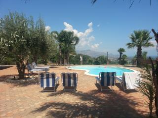 SUITE HOUSE LORENA - CATANIA, TAORMINA &ETNA - Catania vacation rentals