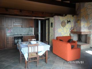 Luminoso Appartam.to panoramic - Chia vacation rentals