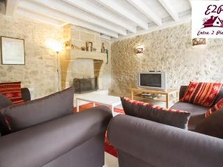 Nice Gite with Internet Access and Dishwasher - Saint-Emilion vacation rentals