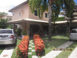 Nice House with Garden and Short Breaks Allowed - Lauro de Freitas vacation rentals