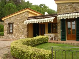 APPARTAMENT SCUOLA 4  AVANELLA tuscany holiday - Certaldo vacation rentals