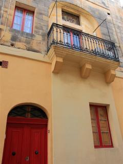 Charming Townhouse with Internet Access and Microwave - Qormi vacation rentals