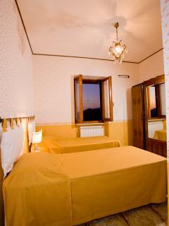 Bright 5 bedroom House in Casperia - Casperia vacation rentals