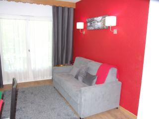 Romantic 1 bedroom Apartment in Saint Gervais les Bains with Internet Access - Saint Gervais les Bains vacation rentals