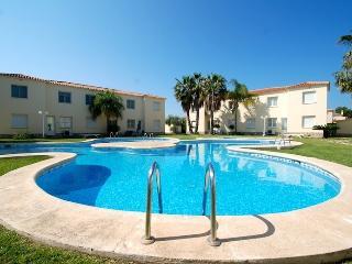 Wonderful 3 bedroom Condo in Oliva - Oliva vacation rentals