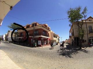 101, Monolocale Centrale a 50 mt dal Mare - Santa Maria vacation rentals