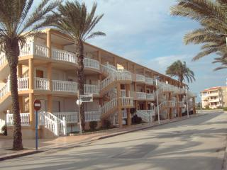 Cozy 2 bedroom Condo in La Manga del Mar Menor with Linens Provided - La Manga del Mar Menor vacation rentals