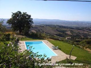 San Giovanni al Monte - Belved - Collepepe vacation rentals
