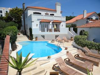 Spacious Villa with Internet Access and Satellite Or Cable TV - Praia das Macas vacation rentals