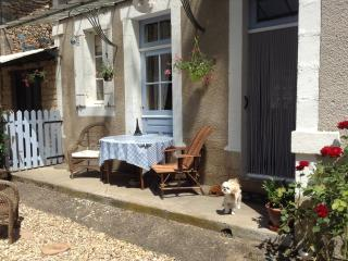 Les Rosiers B&B room in owners home - Montignac vacation rentals