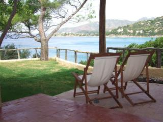 Bright 4 bedroom Villa in Torre delle Stelle with Internet Access - Torre delle Stelle vacation rentals