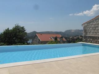 Hedera A43 - Mlini vacation rentals