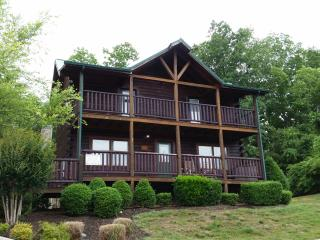 Lookout Lodge  Cabins at the Crossing - Sevierville vacation rentals