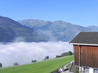 Comfortable Studio with Internet Access and Washing Machine - Uttendorf vacation rentals
