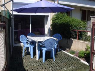 Duplex climatisé avec terrasse proche des plages - Narbonne vacation rentals