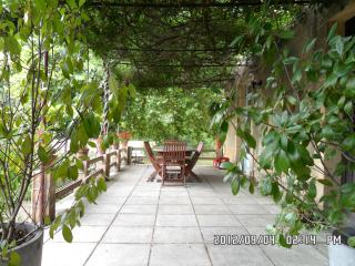 3 bedroom Gite with Internet Access in Peyzac-le-Moustier - Peyzac-le-Moustier vacation rentals