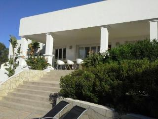 4 bedroom House with Private Outdoor Pool in San Agusti des Vedra - San Agusti des Vedra vacation rentals