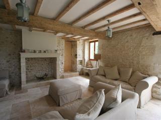 Font Remy - Jasmine - Mortagne-sur-Gironde vacation rentals