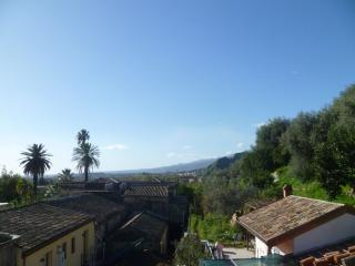 Nice 1 bedroom Apartment in Gaggi with A/C - Gaggi vacation rentals