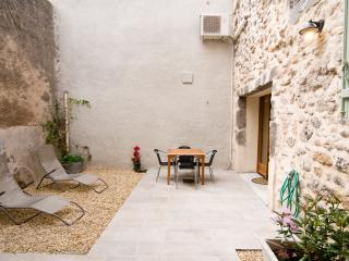 2 bedroom House with Internet Access in Marseillan - Marseillan vacation rentals