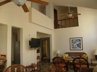 Luxurious Condo Located In Tranquil Bliss With A P - Cancun vacation rentals