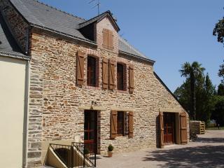 Perfect 4 bedroom Gite in La Roche-Bernard - La Roche-Bernard vacation rentals