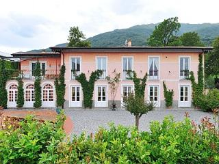Nice House with Deck and Internet Access - Pianello del Lario vacation rentals