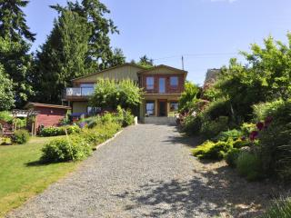 Perfect Bed and Breakfast with Deck and Internet Access - Nanaimo vacation rentals