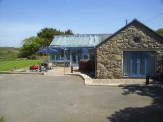 Cozy 2 bedroom Lamorna Cottage with Internet Access - Lamorna vacation rentals