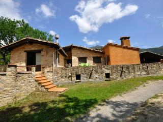 Nice Guest house with Game Room and Garden - La Vall de Bianya vacation rentals