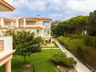 Fabulous 2 bedroom apartment - Obidos vacation rentals
