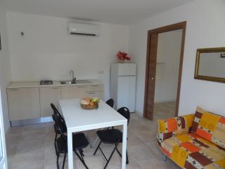 Romantic 1 bedroom Putignano Villa with A/C - Putignano vacation rentals