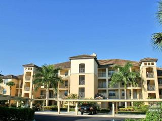 Fabulous panoramic views of lake & golf course with full golf membership - Florida South Gulf Coast vacation rentals