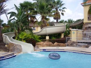 Highly recommended by our son - Davenport vacation rentals