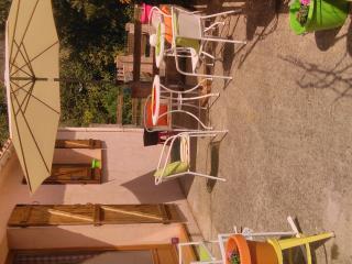 Charmante maison dans les montagnes Corses Zevaco - Zevaco vacation rentals