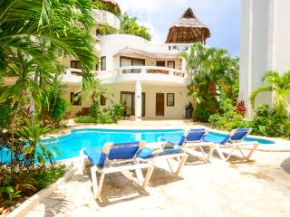 Blue Palms, lovely 3 bedroom, 3 bathroom suite! - Playa del Carmen vacation rentals