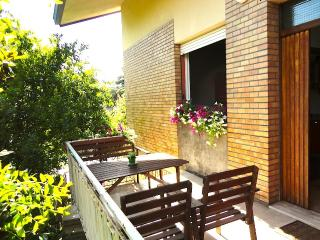 Nice 1 bedroom Ravenna Apartment with Internet Access - Ravenna vacation rentals