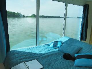 Romantisches Hausboot Seesuite m. Panoramafenster - Lindow (Mark), Stadt vacation rentals