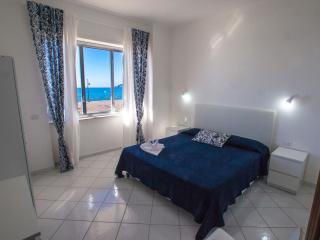 2 bedroom Condo with A/C in Maiori - Maiori vacation rentals