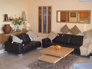 The Townhouse A002 - Tala vacation rentals