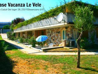 CAMERA MATRIMONIALE PROVENZA - Desenzano Del Garda vacation rentals