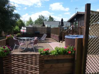 3 bedroom Lodge with Deck in Tattershall - Tattershall vacation rentals