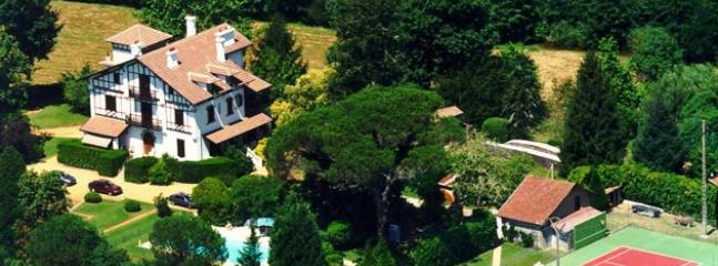 Spacious 9 bedroom Chateau in Soustons - Soustons vacation rentals