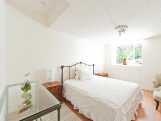 Beautiful 2 bedrom garden apartment - Mexico City vacation rentals
