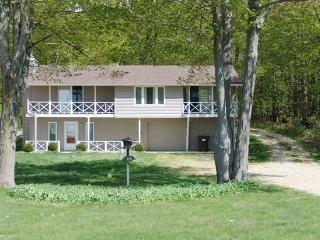 On Lake Michigan, Private Beach, Forest and Trails - Macatawa vacation rentals