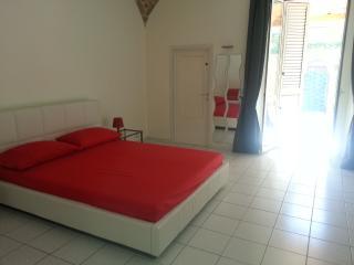Romantic 1 bedroom Condo in Termoli - Termoli vacation rentals