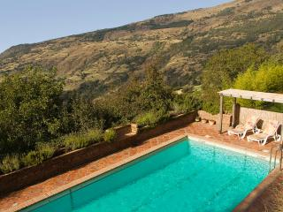 Cortijo Cañada del Reguero, a Mountain retreat - Capileira vacation rentals