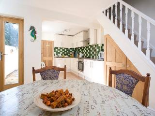 Beautiful Cottage with Internet Access and Dishwasher - Whitstable vacation rentals