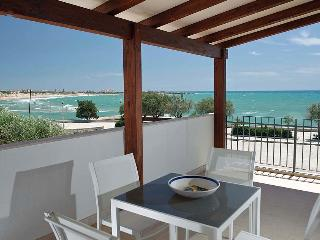 Accommodation by the sea - Marina Di Modica vacation rentals